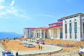 त्रिवेंद्र सरकार के निर्णयों को बदलने पर तीरथ सरकार कर रही विचार