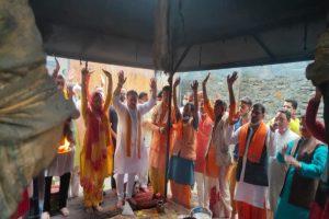 विश्व प्रसिद्ध जागेश्वर धाम में महामृत्युंजय जाप और रुद्राभिषेक कर दिल्ली लौटे नड्डा