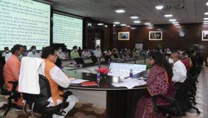 मुख्यमंत्री ने राष्ट्रीय ग्रामीण आजीविका मिशन से जुड़े महिला स्वयं सहायता समूहों से संवाद कर लिया फीडबैक