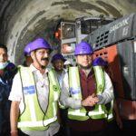 सीएम धामी ने की ऋषिकेश.कर्णप्रयाग रेल परियोजना की समीक्षा, गुल्लर डोगी सुरंग में जाकर किया निर्माण कार्यों का स्थलीय निरीक्षण