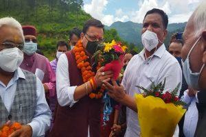 श्रीनगर गढ़वाल को बनाया जाएगा नगर निगमः धामी