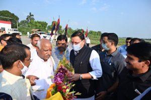 उत्तराखंड के मुख्यमंत्री पुष्कर सिंह धामी पहुंचे रामलला के दर्शन करने अयोध्या
